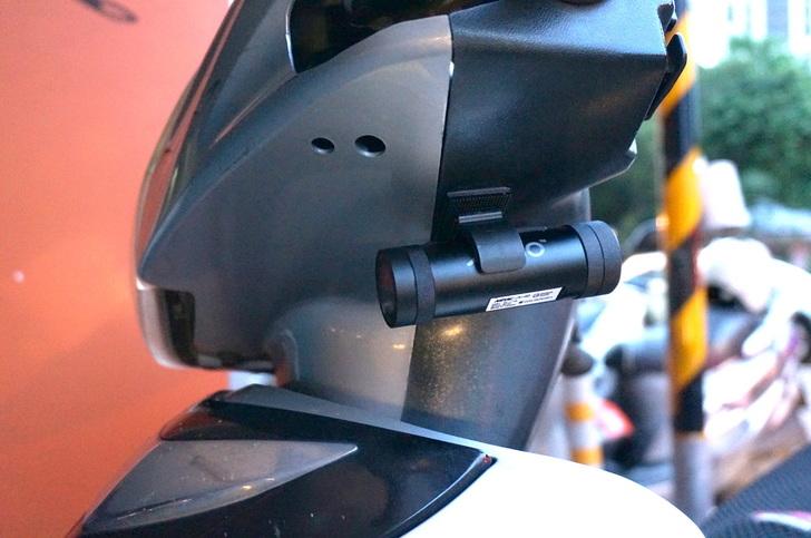 [心得] Mio MiVue M733 勁系列 WIFI 機車行車記錄器 - 開箱試用心得