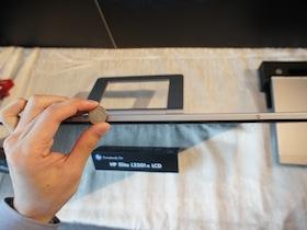 HP L2201x 1公分超薄 Full HD 21.5吋螢幕發表