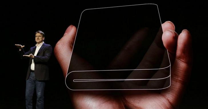 三星摺疊手機現身、Android 也宣佈新增「摺疊裝置」類別,明年預計摺疊手機將大爆發
