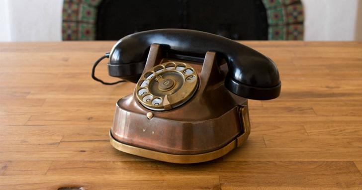 老式電話大改造!這個比 iPhone 還貴的老式電話是精心設計的智慧型音箱