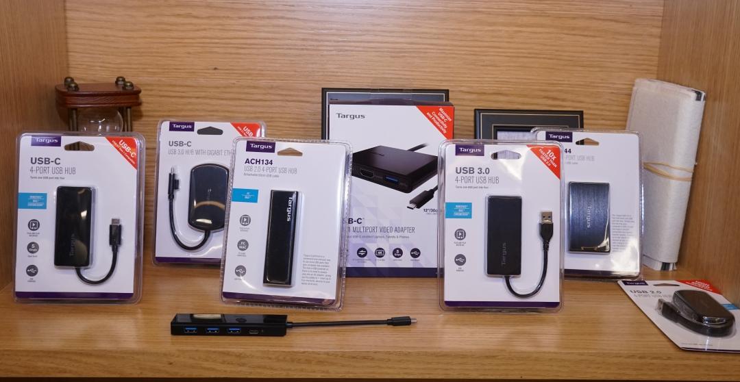 150W 車用電源插座+USB 快充座,Targus 展出多款實用電腦週邊配件