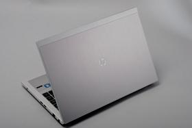 HP ProBook 5330m 評測:變壓器可拿來充電的商務筆電
