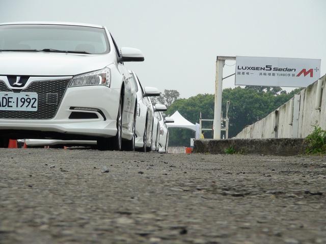 2013 Luxgen5 Sedan M+龍潭樂活賽車場試駕!手排就是我說了算