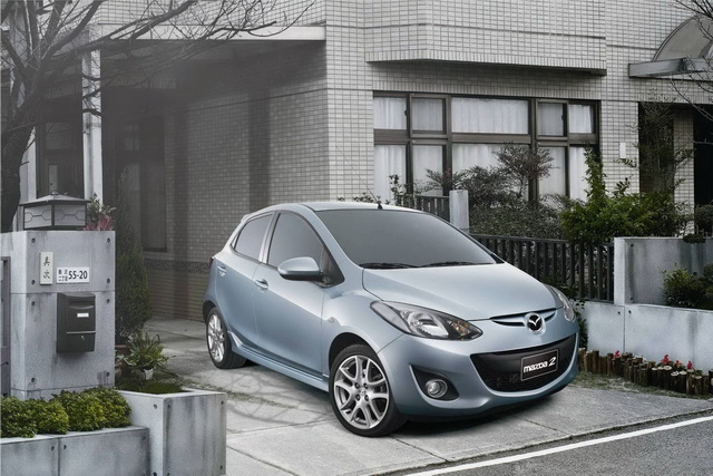 時尚美型精靈New Mazda2冰岩灰熱銷完售 緊急追加皓雪白63.9萬元限量回饋