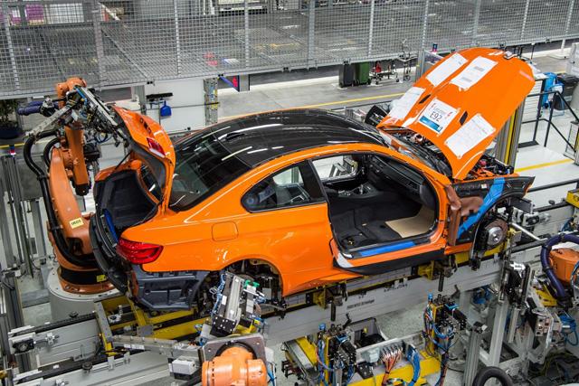 最後一輛 BMW E92 M3 Coupe離開生產線,再會了,自然進氣 V8!
