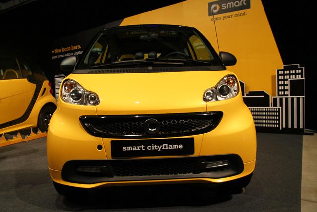 smart推出全台限量15輛 fortwo edition cityflame特仕車,很難被誤認為計程車的小黃