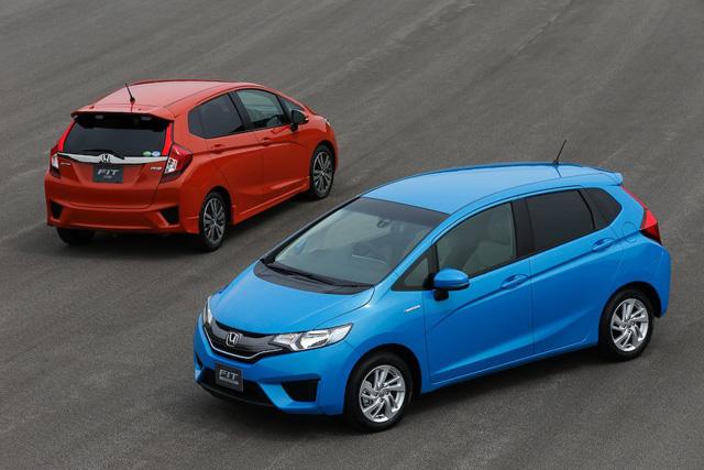全新 Honda Fit五門掀背現身了!Hybrid油電混合動力車款將更節能35%