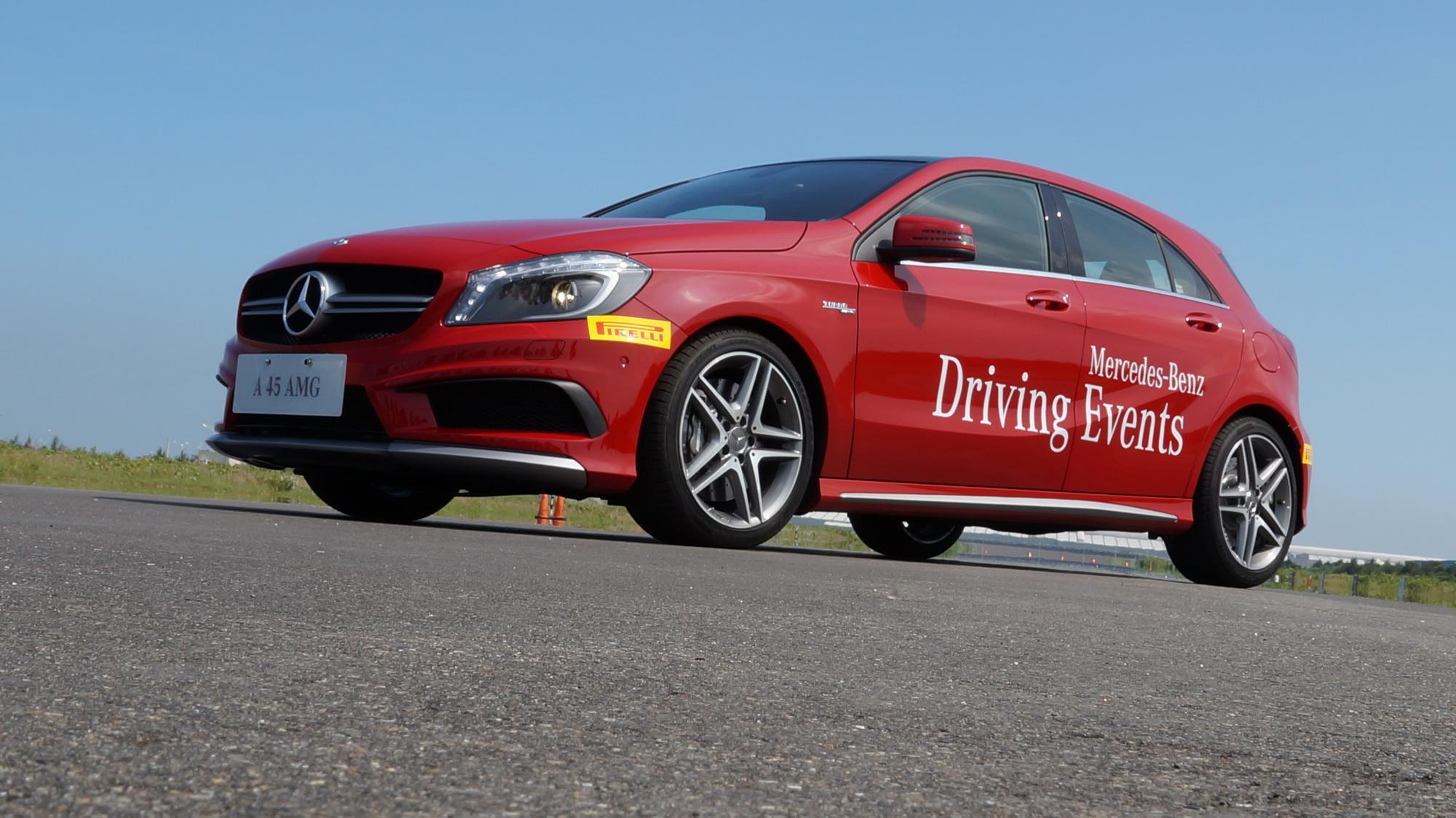 2013 Mercedes-Benz進階駕馭體驗營:A 45 AMG的濃濃燒胎味如同興奮劑叫人High翻天!