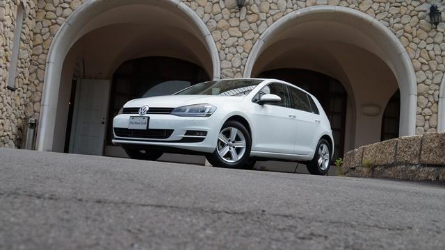 2013第七代 VW Golf 2.0 TDI大改款試駕!延續成功的模式、以及全新 MQB平台上身!更輕更好開