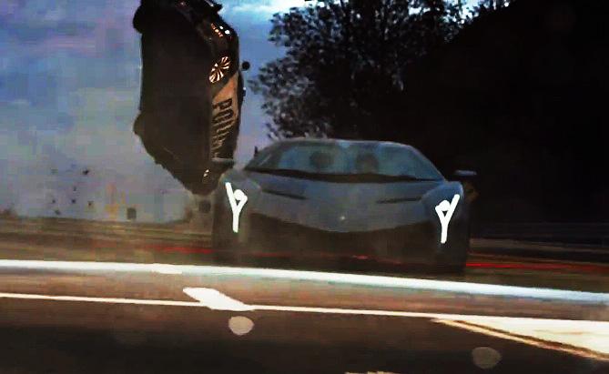 藍寶堅尼牛王 Lamborghini Veneno在 Need for Speed(極速快感)系列電玩中狂電警車!億元超跑也隨你撞!