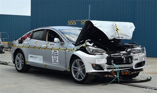 Tesla Model S果真是全美有史以來最安全的車?NHTSA:那是他說的,不是我說的!