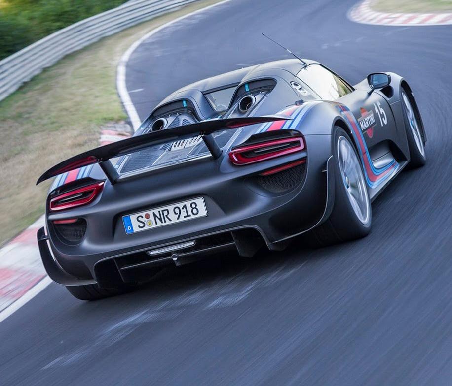 保時捷用9年縮短31秒,Porsche 918 Spyder創下6分57秒的紐柏林北賽道單圈記錄!