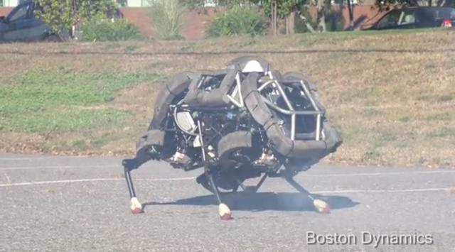 Boston Dynamic的「Wildcat」上路!有天追著你滿街亂跑的可能是隻機器貓、但它可沒多拉A夢(小叮噹)那麼有趣...