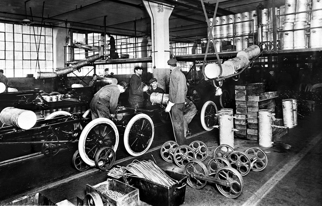 開啟全人類四輪時代,Ford歡慶汽車生產線100周年