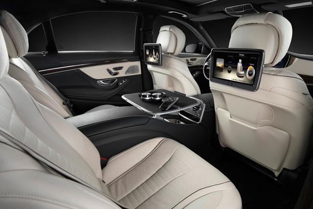 Mercedes-Benz全新 S-Class挑戰頭等艙格局的超豪華後座空間!3D 環繞音響系統+熱石按摩座椅!