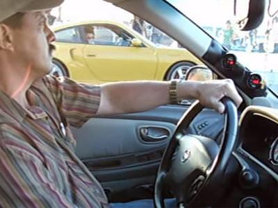 保時捷911 Turbo被 Nissan轎車幹掉!鬍鬚老爹有夠Man!