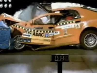 最慘的10次撞擊測試影片!中國車還沒進前3名勒!