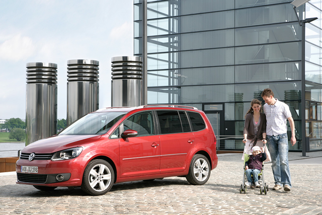 Volkswagen六月送好禮第二波 Touran超低頭款低月付再享乙式保險
