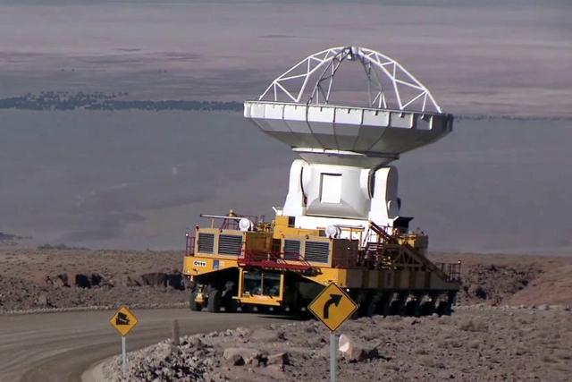 全球最大 ALMA天文望遠鏡部署完成! Otto、跟 Lore巨型卡車功不可沒!