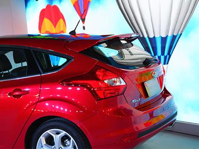 Ford Focus進化上市,入門車款就標配4顆氣囊與ESP電子車身動態穩定系統!