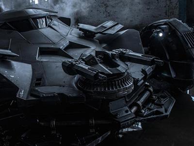 全新 Batmobile蝙蝠車曝光!超帥消光黑車身加上殺傷力強大的機關砲!