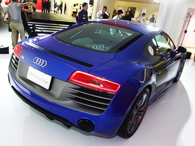 Audi R8 V10 Plus Coupe高性能運動競技版超跑正式在台上市!