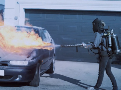 有了 Ford的前擋加熱功能,冬天就不需要噴火槍來清玻璃了!