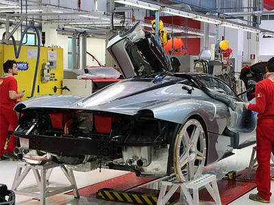 Ferrari La Ferrari 可能火燒車!原廠:不召回、只請客戶回來喝咖啡