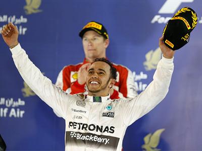 Lewis Hamilton連續四度奪桿,開季至今排位賽完全制霸!
