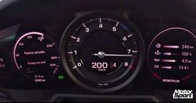原廠又在耍謙虛了,Porsche 全新 911 Carrera S「0-200 km/h」加速只需「10 秒」!
