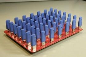 49個USB埠,讓你一次插個夠!