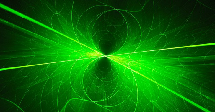 MIT利用銩雷射激發水分子,讓你的竊竊私語在數公尺也能被聽得很清楚