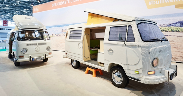 用40萬塊樂高積木搭建的經典福斯 Bulli 露營車 看起來栩栩如生