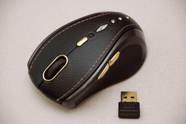 Computex 2009特別報導:技嘉 鍍金鑲鑽奢華鼠