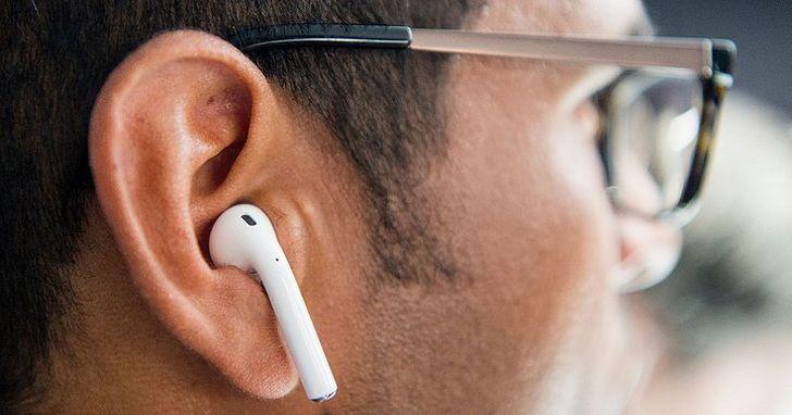 你以為新 AirPods 只是把一代換了個殼?別忽視那顆 H1 耳機晶片