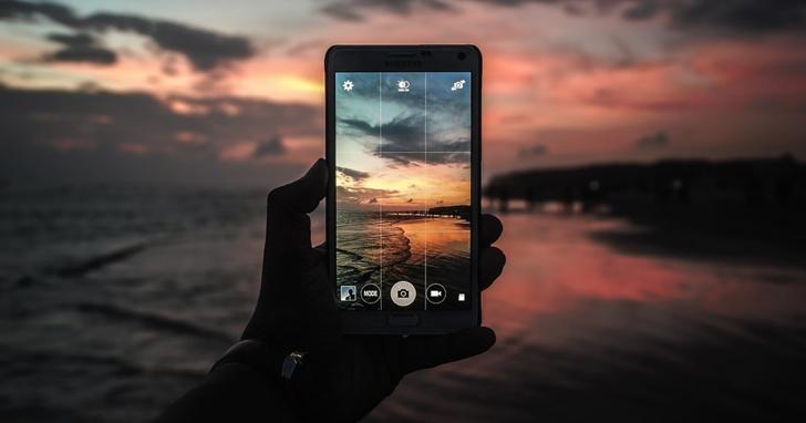 配上 AI 的手機所拍出來的照片,真的能和單眼相機一較長短嗎?