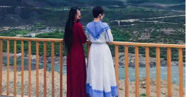 中國網紅買18件衣服後要求七天退貨,商家上網一查傻眼:發現衣服全穿去西藏拍美照