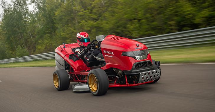 這台割草機讓超跑都汗顏!Honda Mean Mower V2 破 0 - 100 mph 加速世界紀錄