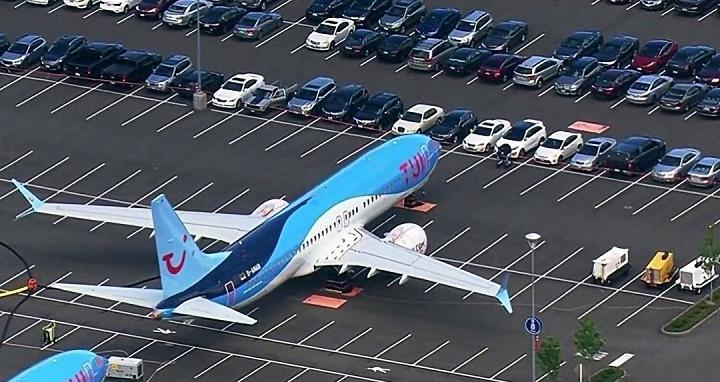 波音遭禁飛的 737 Max 實在太多,不得不跟員工搶「停車位」