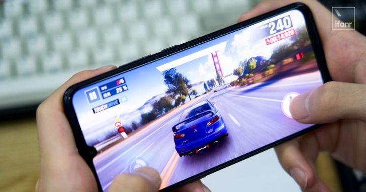 萬元左右的預算,你會選今年的驍龍 730 還是去年的驍龍 845 手機?