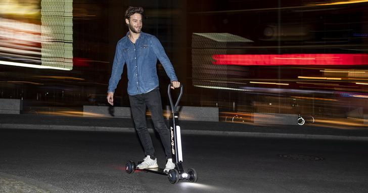 這台 Audi 你買得起!滑板車結合電動速克達,e-tron Scooter 明年上市
