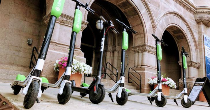 國外流行的共享電動滑板車,並沒有想像的那樣環保