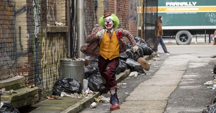 《小丑》重塑高譚市「犯罪王子」,導演盼傳遞同理心