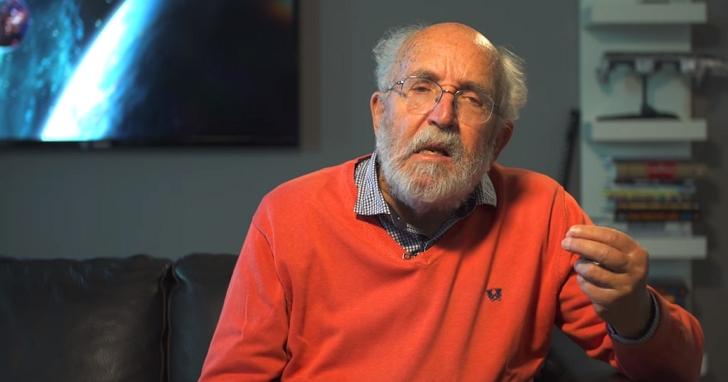在拿到諾貝爾物理獎之前,他曾在《星戰前夜》裡邀請你當他的實驗助手