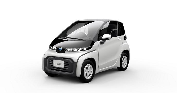 TOYOTA 推出兩人座「超小型 EV」,日本明年冬季上市