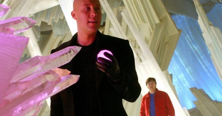 超人用石英儲存資料是真的!微軟將資料保存在玻璃中,可以安全地儲存數千年