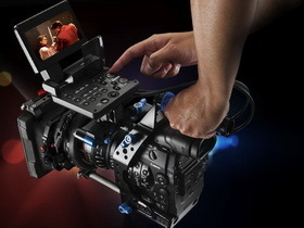 Canon 進軍好萊塢 ,推出專業級 Cinema EOS C300 攝影機