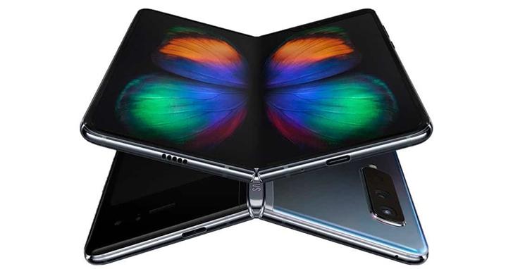 2020智慧型手機十大預測:向瀏海說Bye Bye、5G成主流