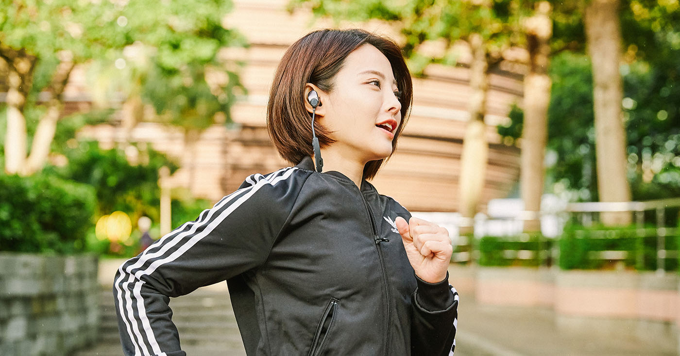 不連手機也能聽歌!鐵三角 Audio-Technica ATH-SPORT90BT 雙模式藍牙運動耳機試聽!
