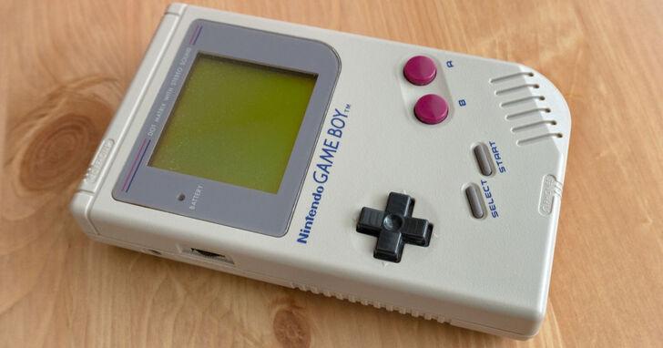 遊戲業又一樁溫馨故事,95 歲奶奶無法維修的 Gameboy,任天堂免費寄回一台新品